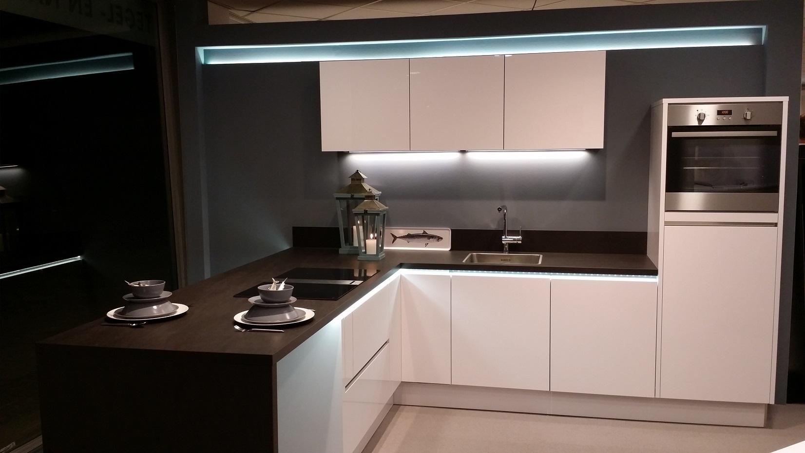 Led Armatuur Keuken : Inbouw led verlichting keuken indirecte verlichting kan overal